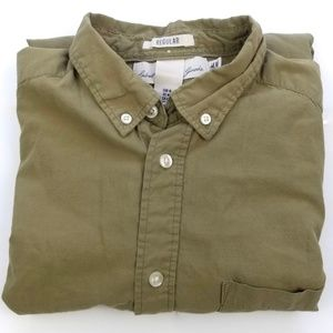 H&M Matcha Green Button Down Casual Shirt Men